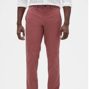 Gap Essential Khakis in Slim Fit